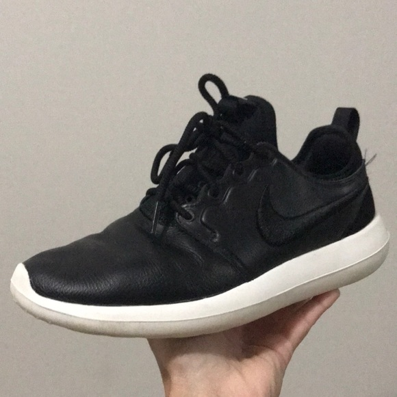 finest selection db204 4e0d1 Nike Roshe Two Si Women s Running Shoes Leather. M 5a9df0bd1dffda2043f1be91